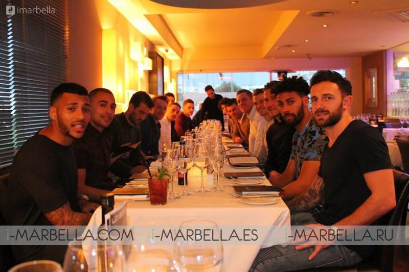El Birmingham City FC visita La Sala Puerto Banús