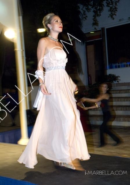GALERÍA:Suite invierno abre sus puertas con un espectacular desfile de moda