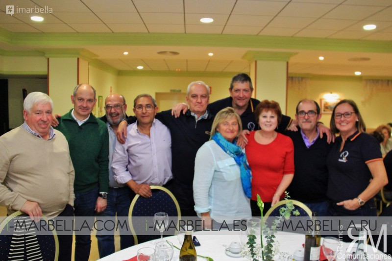 Cena de Bienvenida al Capítulo de la Cofradía del Centollo Larpeiro de O Grove (Pontevedra, Galicia)